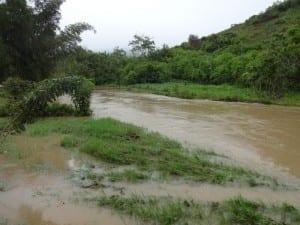 Hoher Wasserstand nach Taifun Haiyan