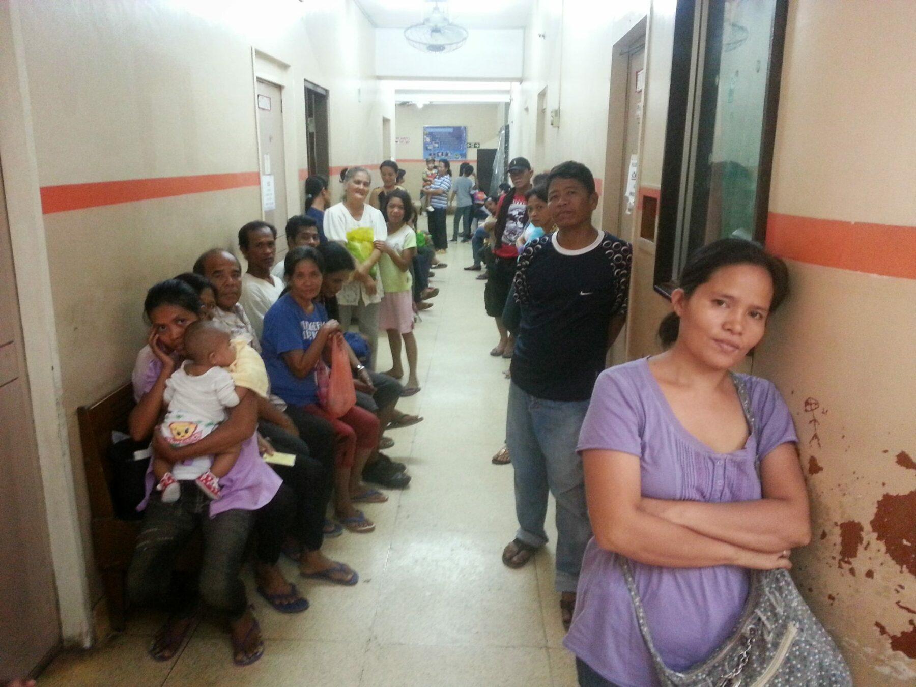 wartende Patienten Ambulanz Cagayan de Oro