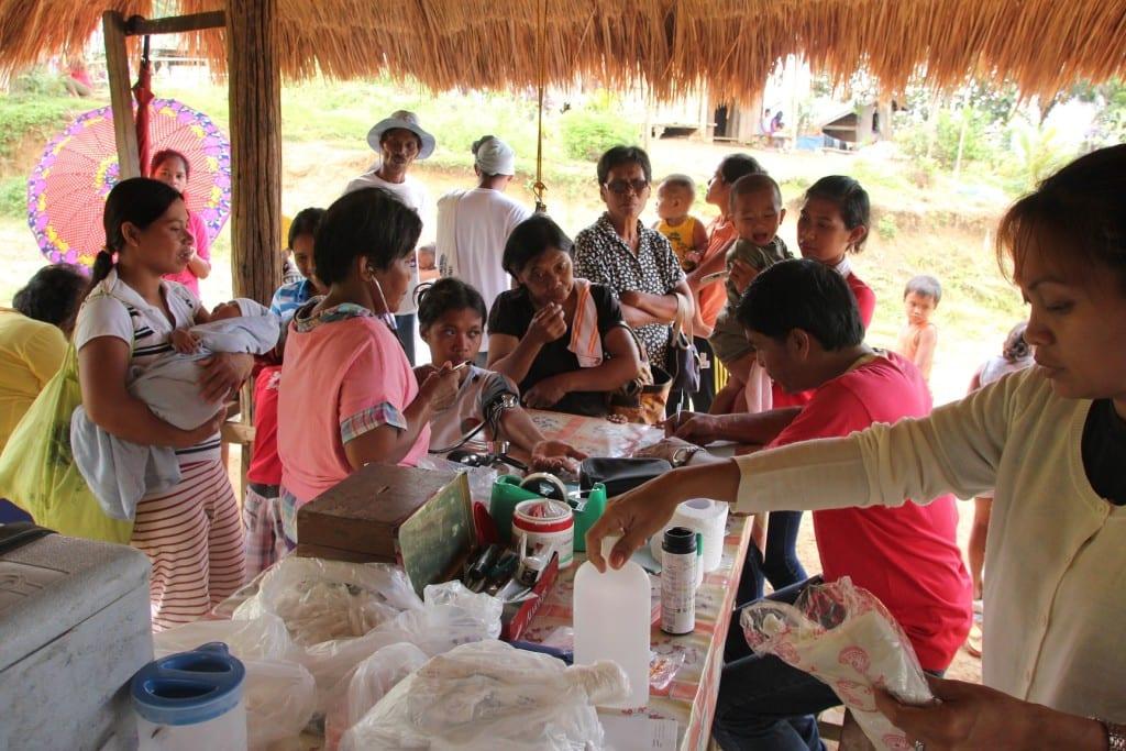 Medizinische Hilfe auf den Philippinen
