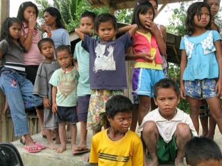 Armut bei Kindern auf den Philippinen