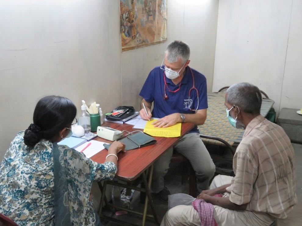 Ein German Doctor bei der Arbeit