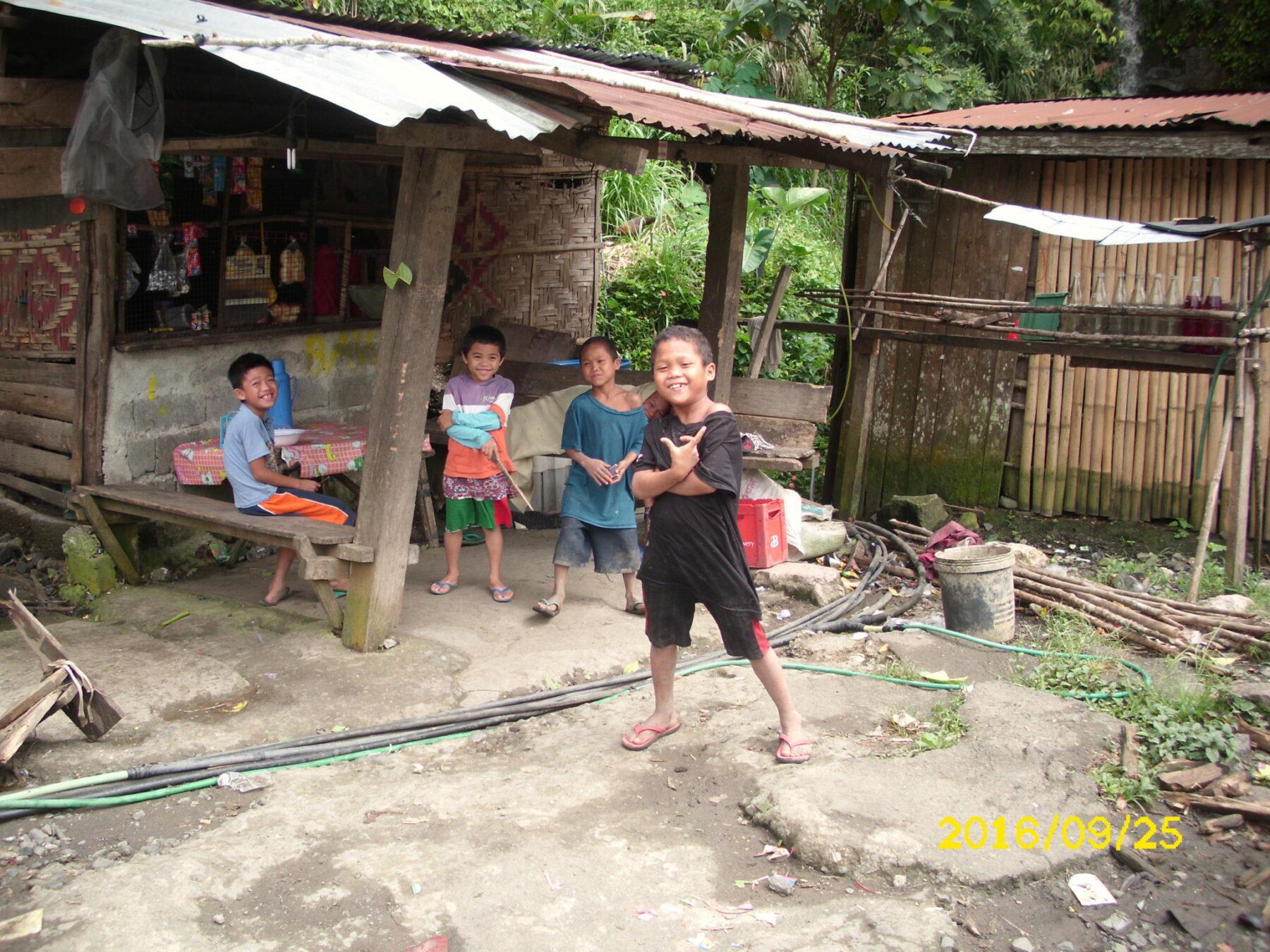 Kinder auf Mindanao